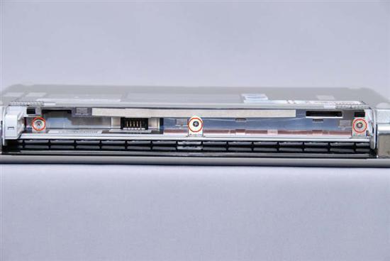 惠普(HP) Compaq 2133 拆机升级硬盘和内存教程插图(3)