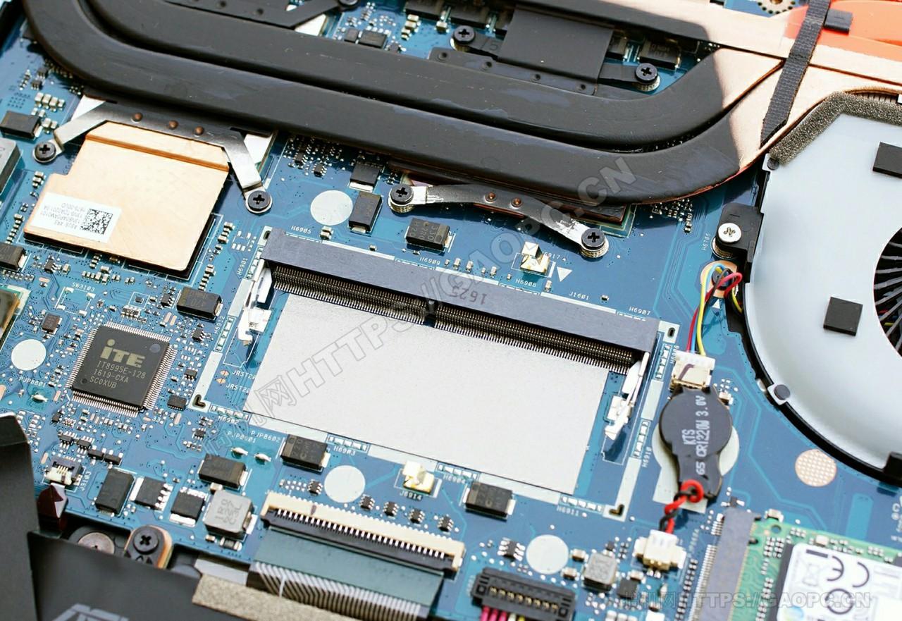 华硕rog Strix Gl502 Ddr4内存插槽