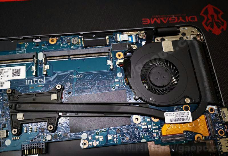 惠普EliteBook 840 G2拆机-内存插槽特写