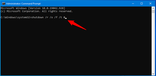 运行 shutdown /r /o /f /t 0 命令以进入 Windows 10 的恢复环境
